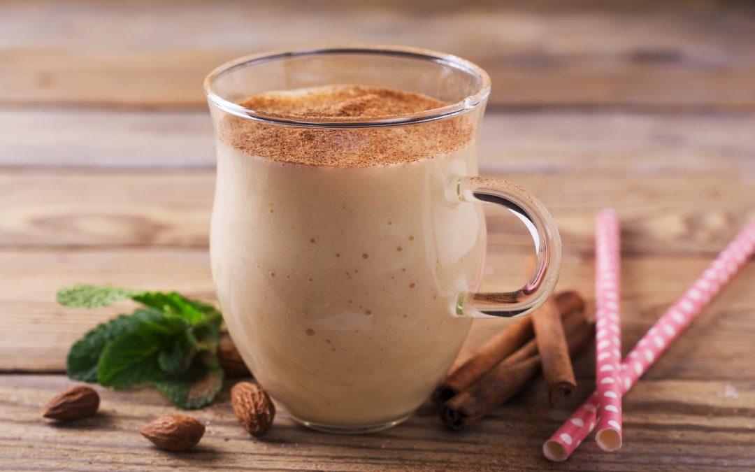 Mandľovo – škoricové smoothie s MACOU